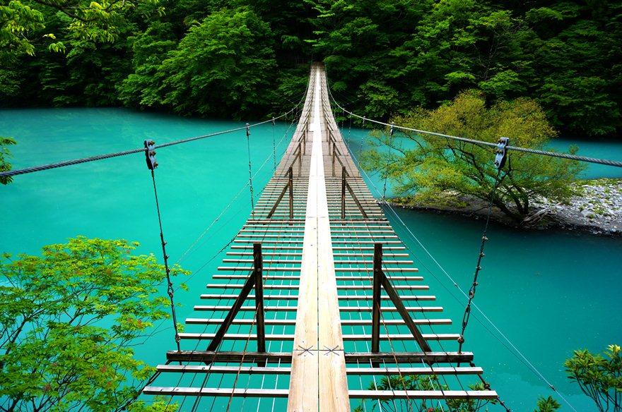 25 死ぬまでに渡りたい夢吊橋.JPG