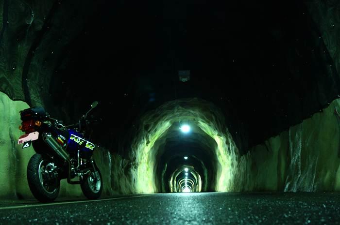 かっこいいトンネル.JPG